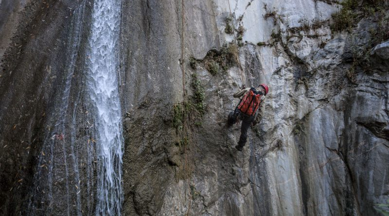 Top 5 Places to go Canyoneering in Southern California