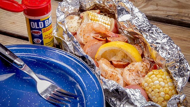 Make a Campfire Shrimp Boil In Foil